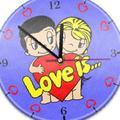 Настенные часы с текстурой Love is 185290